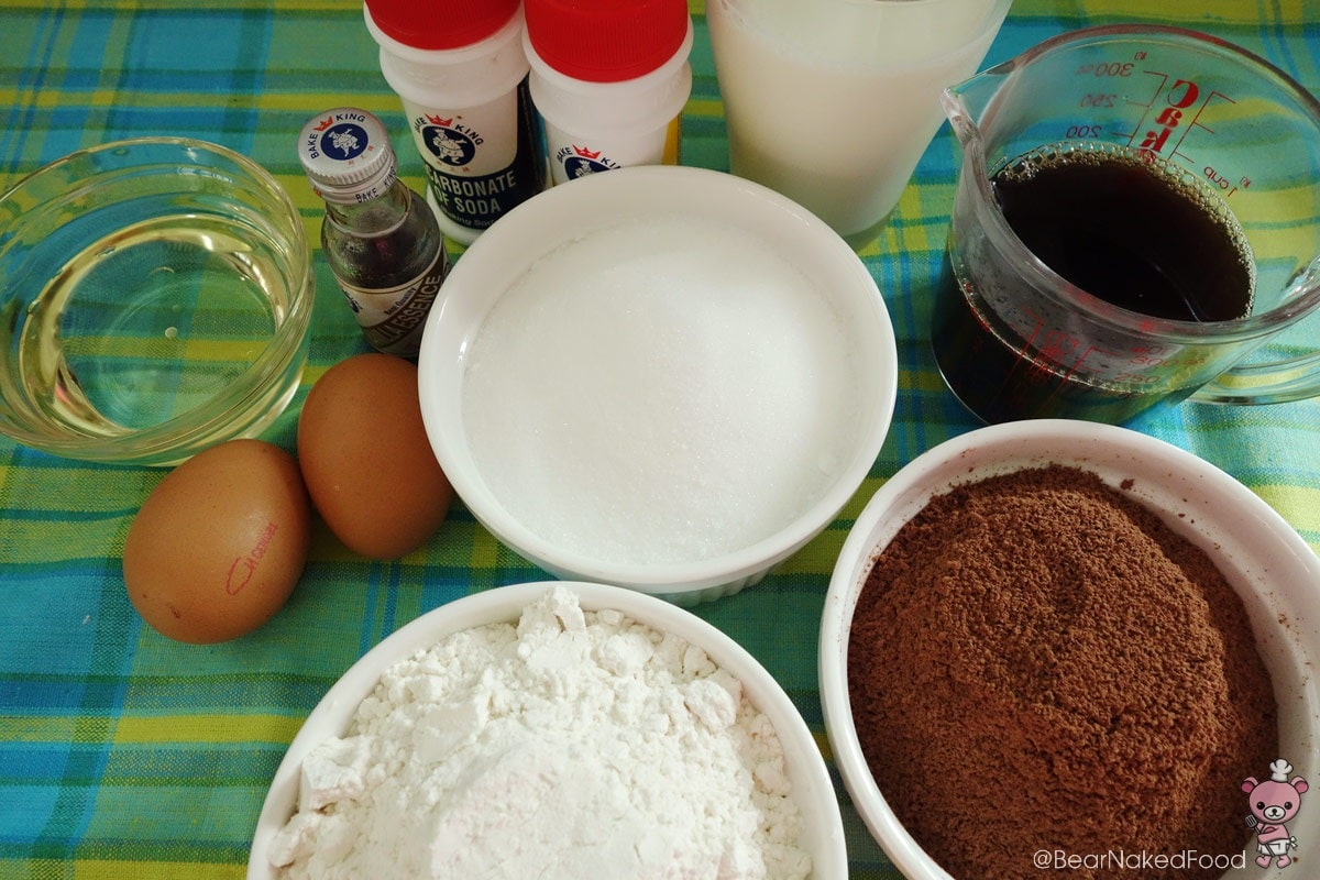 moist chocolate cake ingredients