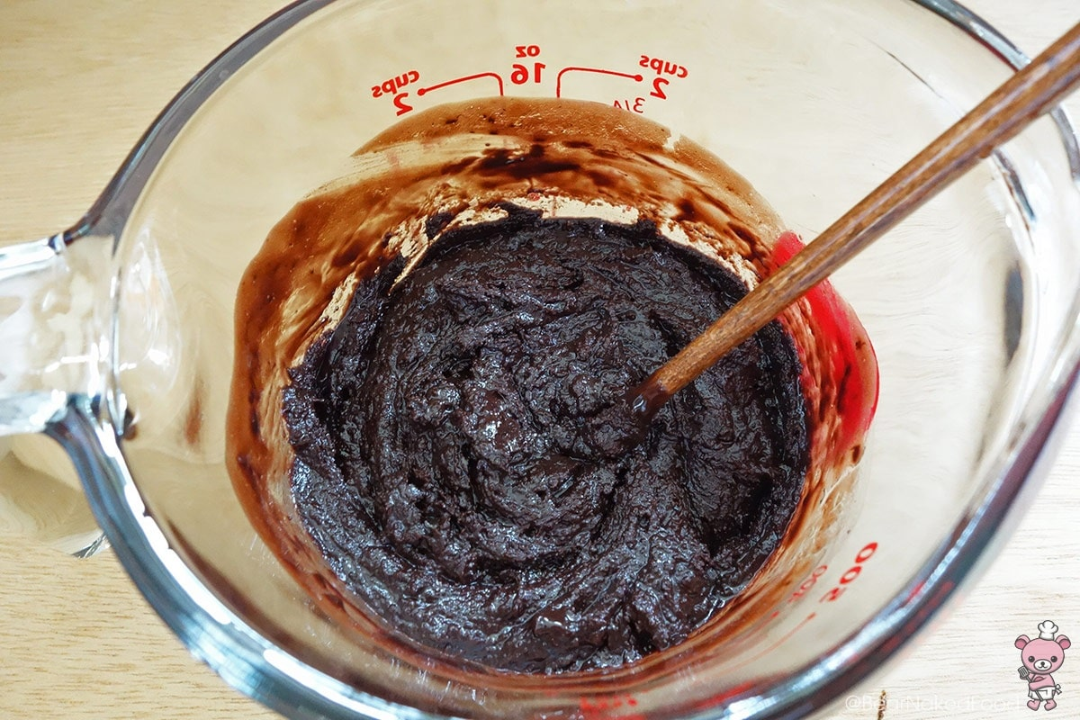 melted chocolate with butter