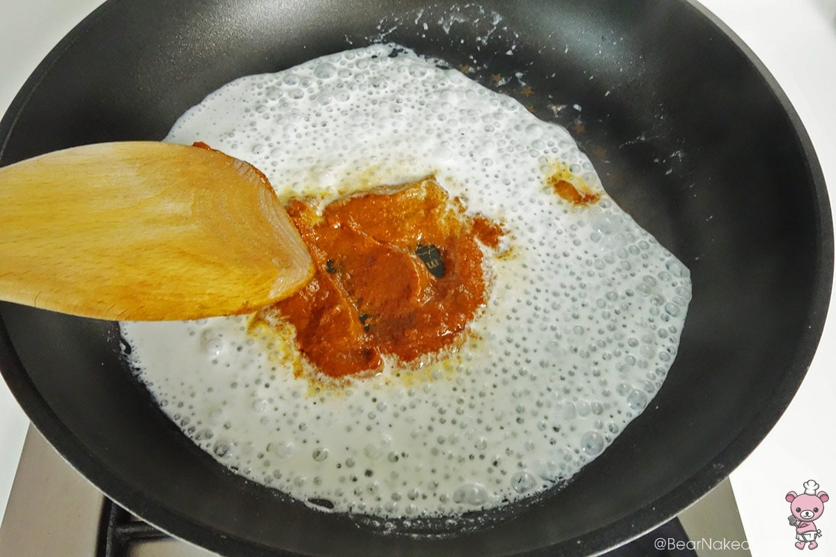 cooking red curry paste