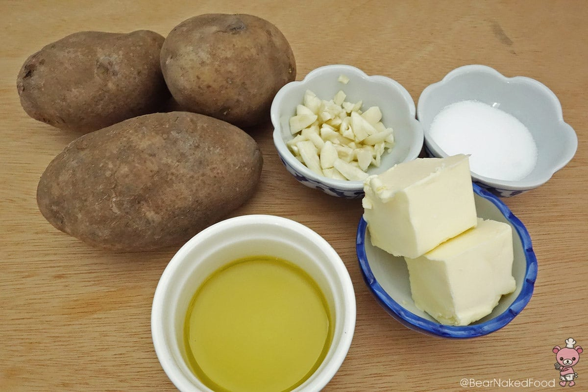 ingredients for creamy garlic mashed potatoes