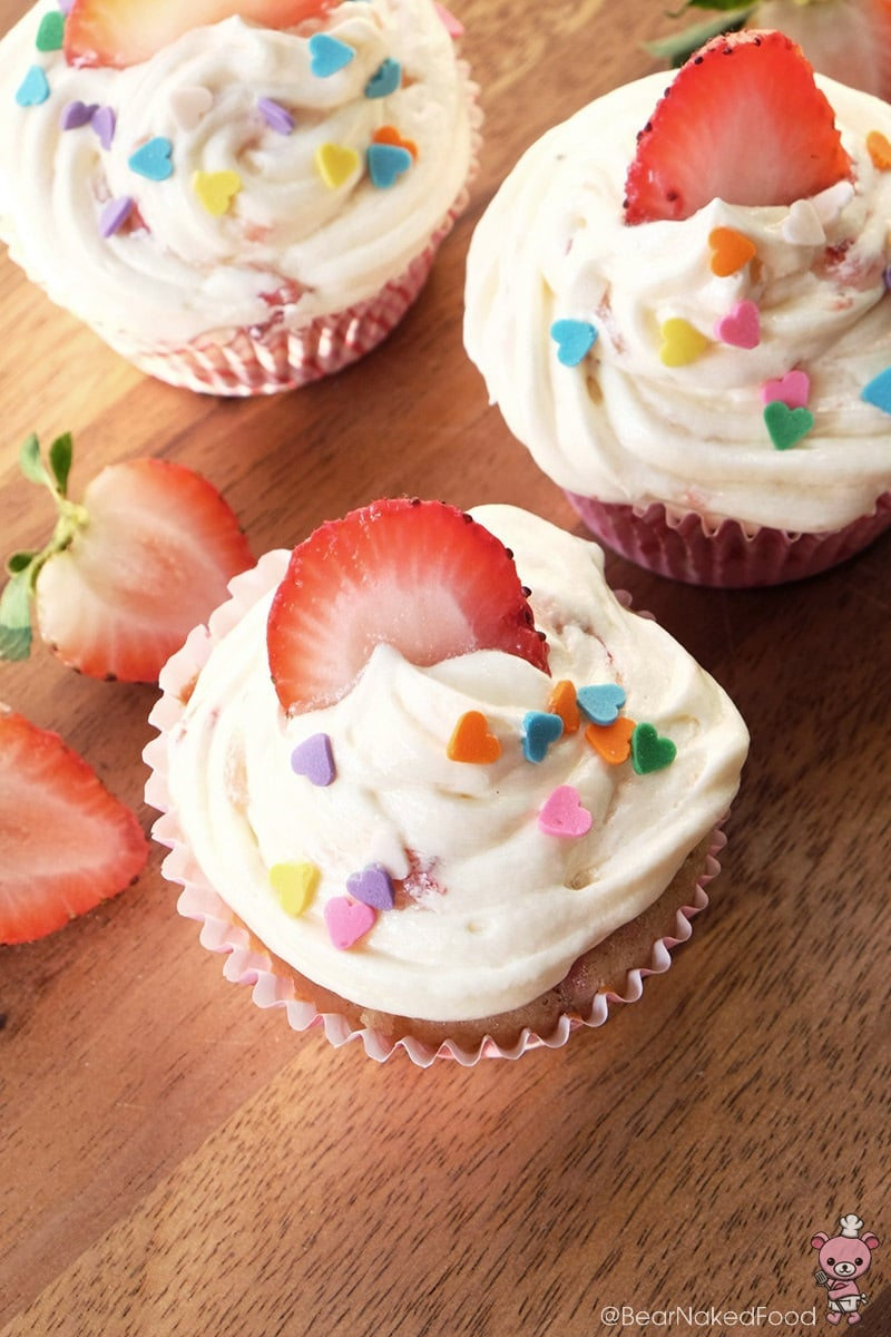 Bear Naked Food Fresh  Strawberry Cupcakes