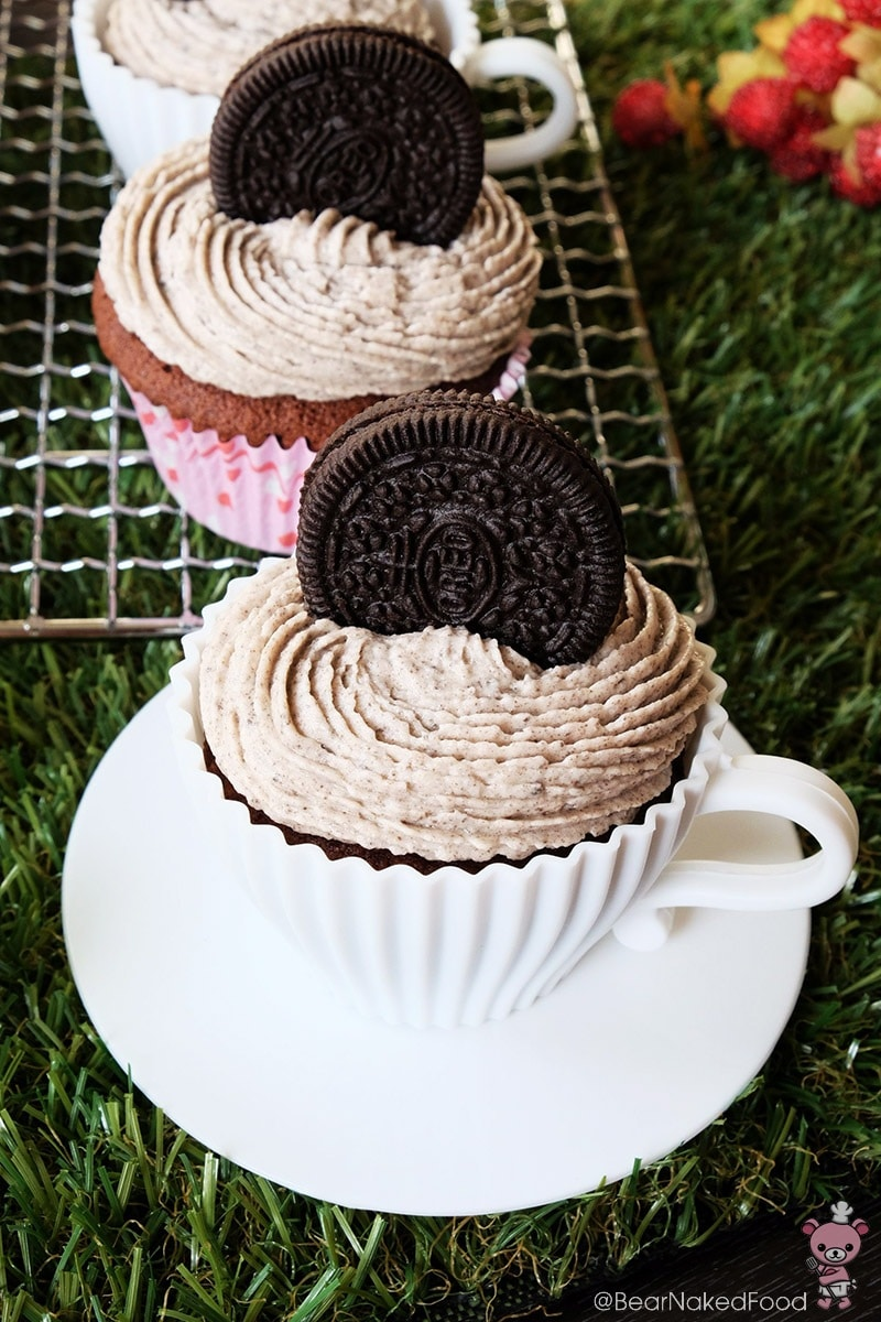 Bear Naked Food Triple Oreo Cookie Cupcakes