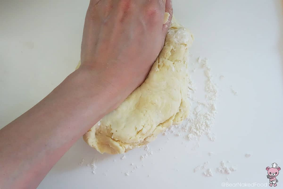 Knead for at least 5 mins. This step is crucial.