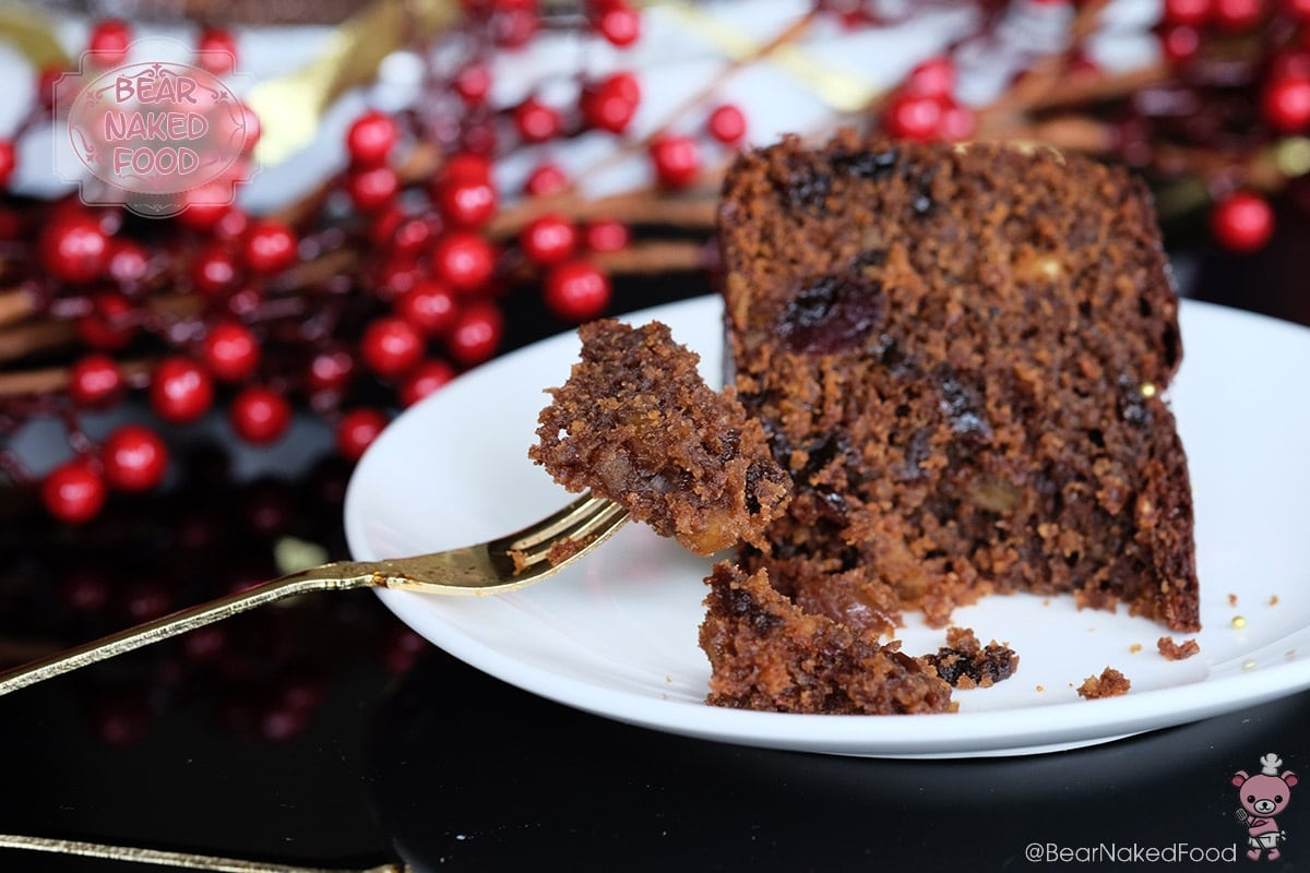 Bear Naked Food Quick and Easy Christmas Fruit Cake