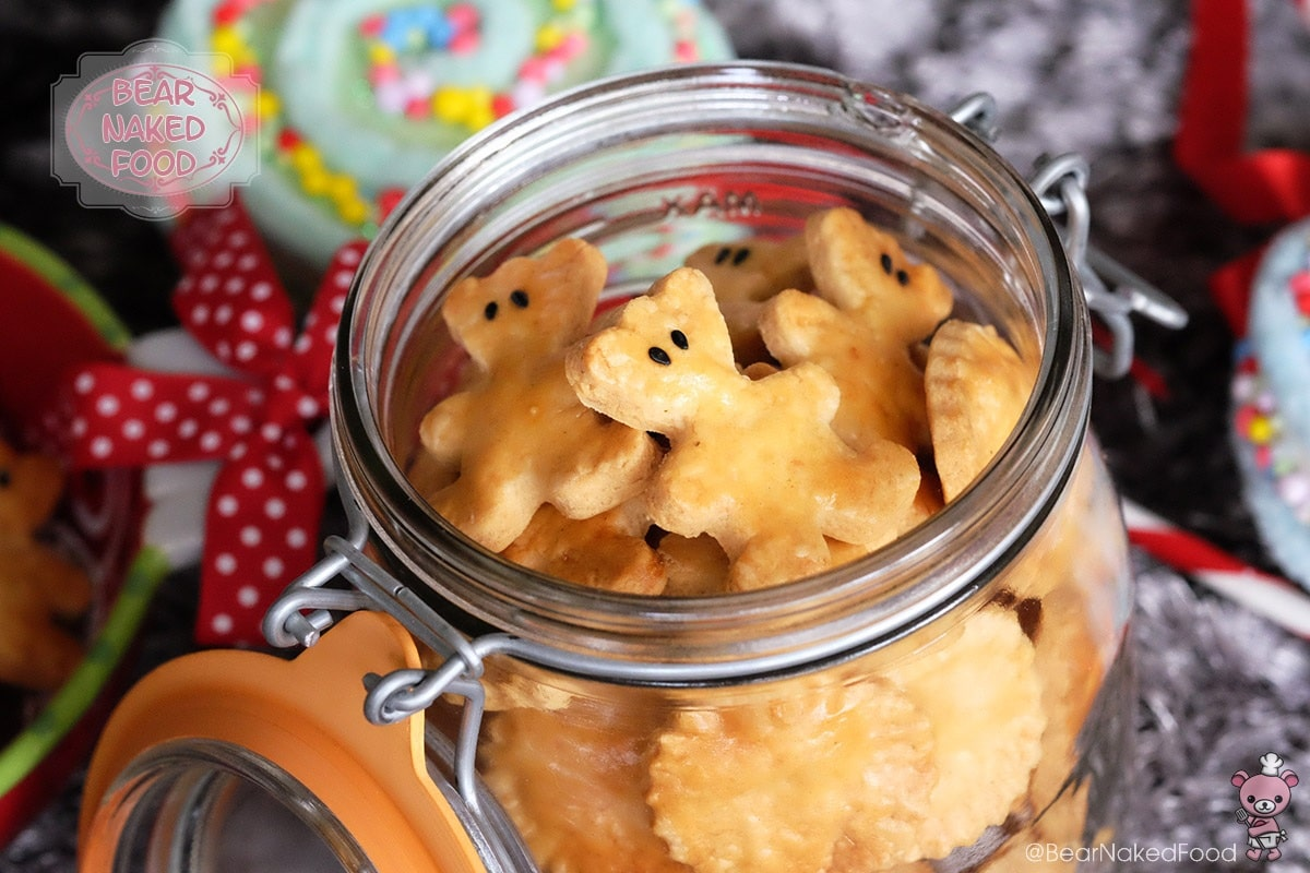 Bear Naked Food Crispy Savory Cheese Cookies