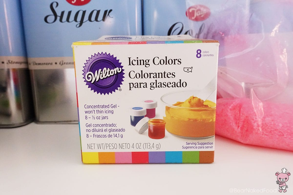 I'm using Wilton food color gel.
