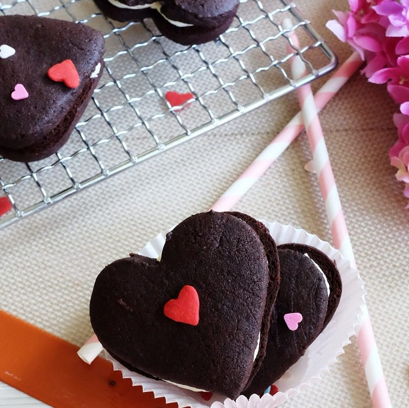 Bear Naked Food Be My Valentine Dark Chocolate Cookies