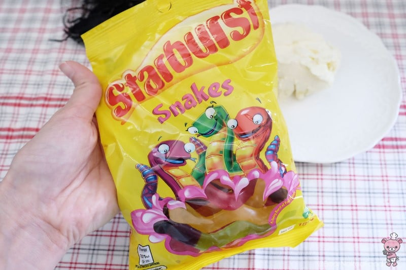 "I'm using Starburst snakes as the ""worms""."