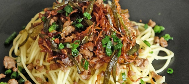 Bear Naked Food minced pork noodles tossed with scallion oil