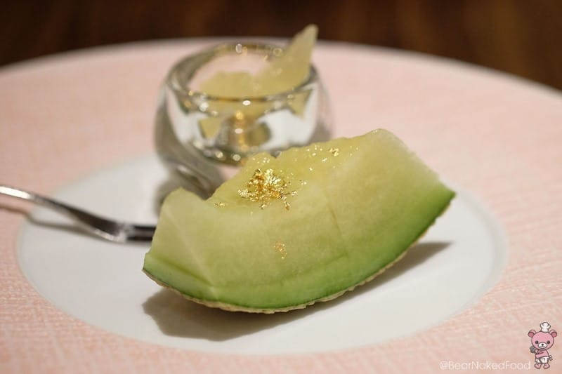 Japanese melon with pomelo.