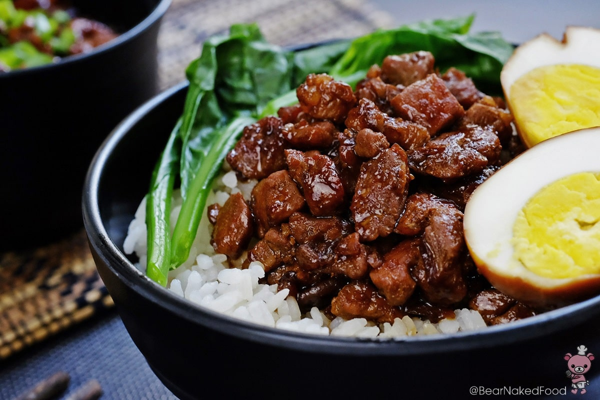 How to eat food in China - Braised pork