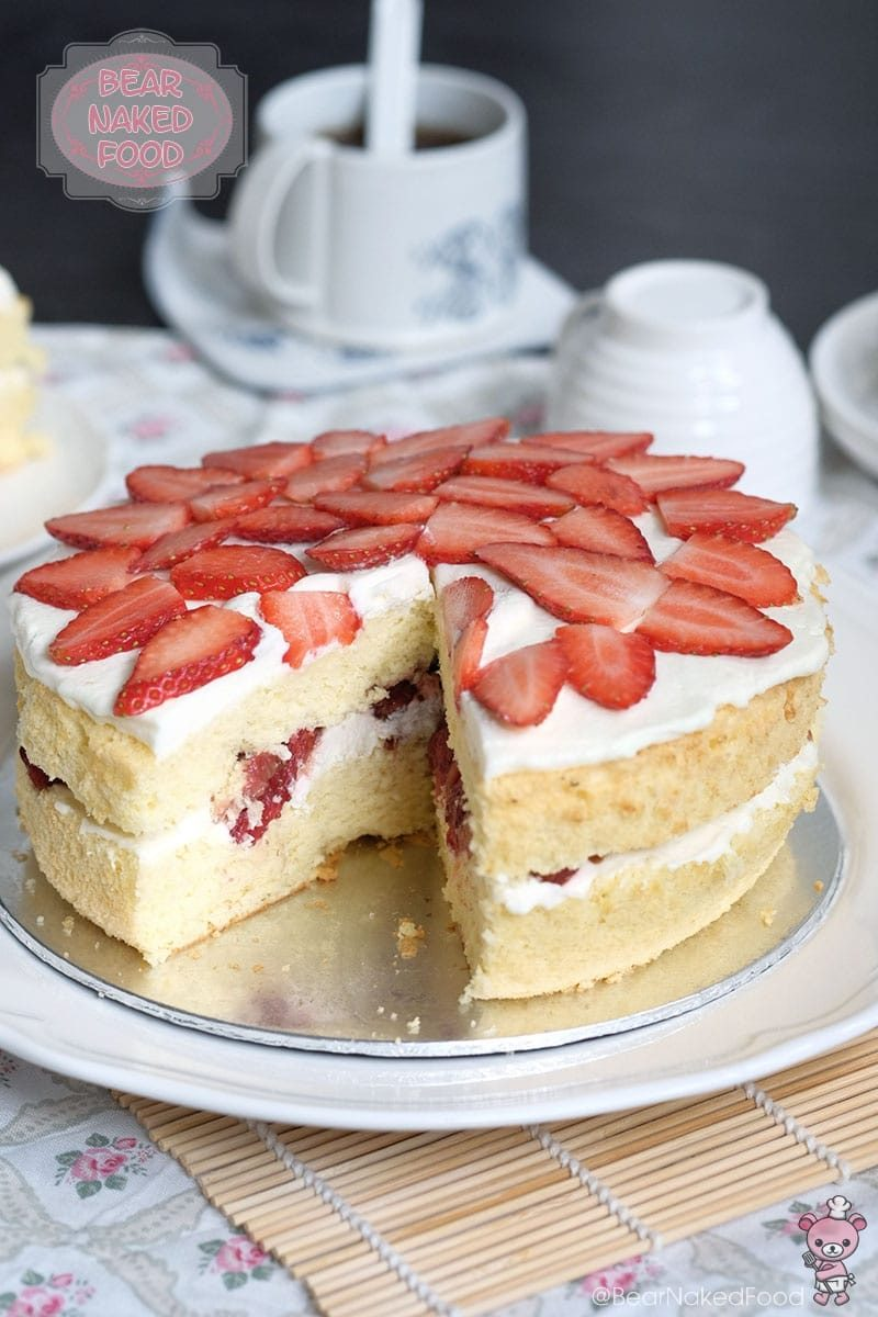 Victoria Sandwich Sponge With Roasted Strawberries