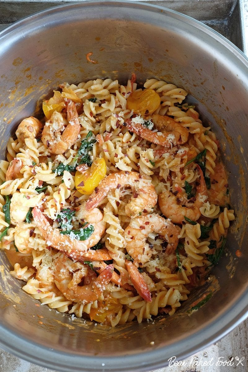 bear naked food garlic prawn and bacon pasta with tomato cream sauce