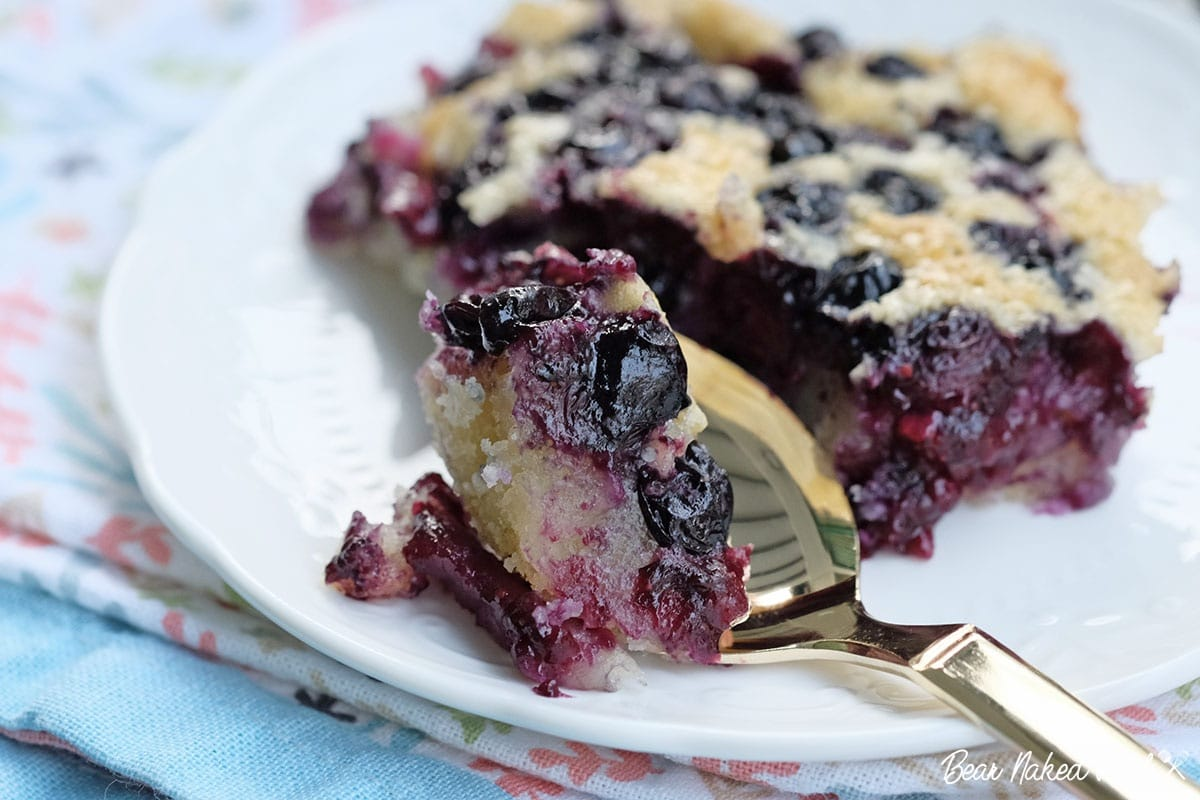 bear naked food easy baked blueberry cobbler