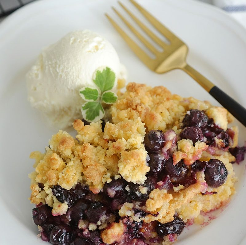 Bear Naked Food Easy Baked Blueberry Crumble